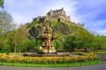 SCOTIA  Whisky, legende si castele